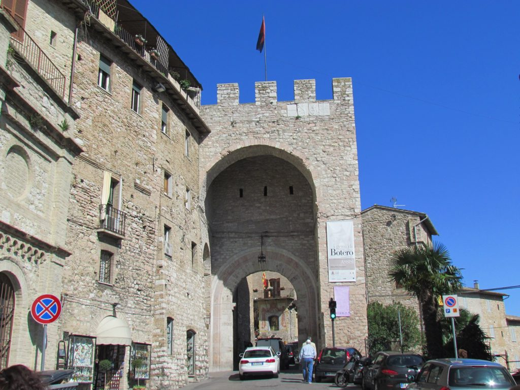 porta-san-francesco-assisi